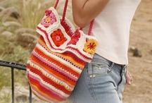 crochet purses & bags / by Debbie Buchholz