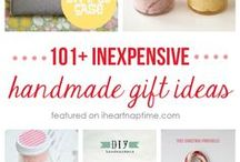 Thrifty Gift Ideas / DIY gift ideas | inexpensive gifts | thrifty gift giving | DIY handmade gifts | DIY college gifts | DIY birthday gifts | DIY printable gifts | DIY housewarming gifts | DIY teacher gifts | DIY Halloween gifts | DIY Christmas gift | DIY jar gifts | DIY food gifts