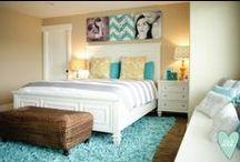 Bedrooms <3 / by Hallie Hales