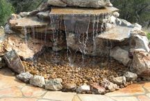 Garden Fountains / The Art Of Making And Using Fountains In The Garden