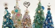 Christmas Trees / The Art Of Decorating Christmas Trees