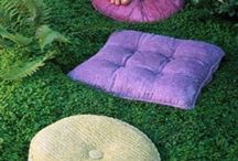 Garden Stepping Stones / The Art Of Making And Displaying Stepping Stones In The Garden