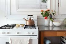 kitchen / by Abby Ytzen-Handel