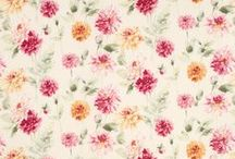 Wallpaper: Wonder Walls / Come and browse our plethora of printed Laura Ashley Wallpaper
