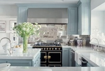 Beautiful Kitchens / by Barbara Schaeufele