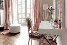 vanity tables i love.....