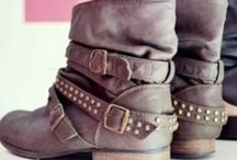 A girl has got to have some boots!!! / by Becky Jezuit