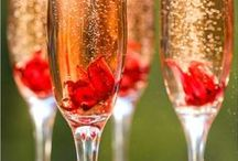 Wedding Cocktails / Featuring the most fun and creative cocktails for your wedding day.
