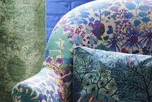 DIY Projects: Upholstery / Projects to make with your digitally printed #fabric. Recover dining room chairs, reupholster a sofa or upholster your headboard. Furnishing Cotton from Print & Press, London is perfect for upholstery projects, and can be printed in any pattern you want. #upholstery #upcycle #reupholster #diy