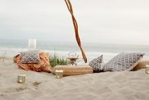 Oceanic. / Barefoot inspiration for beach weddings.