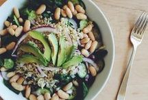 soups, salads & sides / by Emily Brestel