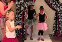 PARTY: ANDI'S 7TH CATWALK PARTY / She loves a fashion show.