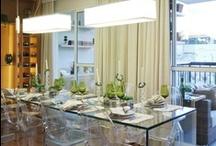 Tecnisa Wi / O projeto de decoração do apartamento de 96m² do WI Guarulhos é da arquiteta Fabiana Sá. Tons de bege e marrom, assim como a madeira, foram bastante utilizados nos ambientes, deixando-os mais elegantes e aquecidos ow.ly/a2mok