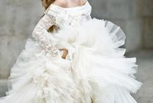 Jaw Dropping Wedding Dresses! / Ideas And Inspiration For Wedding Dresses