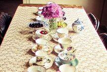 t e a t i m e / Board of pretty cups and prettier drinks.