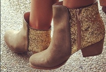 -boot obsession- / by Robyn Holzapfel