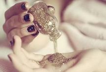 Glitter Wedding / Glitter & sparkle wedding inspiration / by Bespoke-Bride