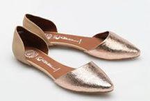 SHOES / flip flops, heels, flats, etc