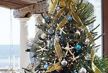 Naples Holiday Home / Beautiful inspiration for interior and exterior holiday decor.