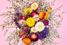 BLOOMING CLEVER / Learn how to make your wedding bouquet, floral center pieces and your grooms boutonniere with these simple tutorials. Great if your on a budget and looking for handmade decor ideas for the big day.