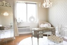 Simply Chic / by Tracy McCabe