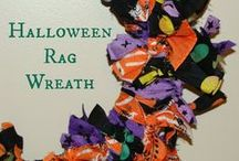 Halloween / Fun Halloween crafts and recipes, plus costumes, party ideas and more!