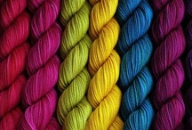 Värejä...