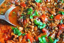 """Good Eats! Soup Kitchen! Just a little bit """"Chili"""", too! / by Dana Pate"""