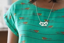 wearable DIY / ideas for DIY projects you can wear - jewelry, clothing, shoes, accessories...