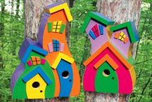 Bird Houses & Bird Feeders / by Ebby Guerrero