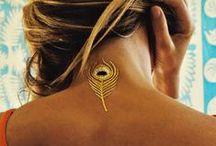 Lux Gold Glam Tattoo / La tendencia de los tatuajes metalizados se impuso este verano, y son usados como joyas por muchas celebrities. Tatuajes metálicos temporales, joyas para la piel. / by El Corte Inglés