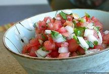 Food - Soups, Salads & Sauces / by Jackie Hawkins