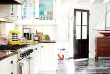 Dining/Kitchen / by Jen Hollywood