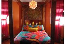 (House Ideas) Bedrooms / by Vicky Bell