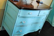 DIY: Painted Furniture / Pretty Painted Furniture!