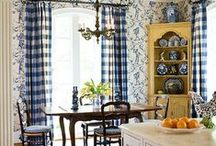 Style: French Country / Do you love French Country?  So do I.  Take a look at these great inspirational pics.