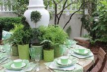 Garden: Dining Alfresco / Food simply tastes better when enjoyed outside!