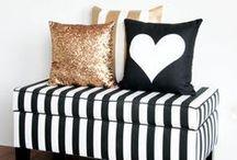 Plush Pillows / Plush pillows and cushions