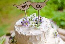 Cakes & Desserts / by CoCo's Corner