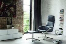 Sale bij Eurlings Interieurs! / Om steeds plaats te maken voor nieuwe collecties zijn een aantal van onze showroommodellen aantrekkelijk geprijsd. Deze meubels zijn in de afgebeelde uitvoering direct uit voorraad leverbaar. Neem voor meer informatie gerust contact met ons op: +31-(0)45-5751212 https://www.facebook.com/media/set/?set=a.304610092949480.75258.112591252151366&type=3