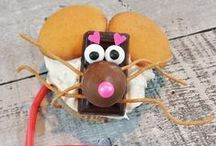 Creative Holidays With HERSHEY'S Chocolate + Blessed Beyond Crazy / Join HERSHEY'S Chocolate and Blessed Beyond Crazy as we take the holidays up a notch by making these fun and creative edible treats, festive crafts and adorable DIY gifts.
