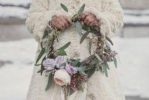 Weddings Weddings Weddings / by Brittany Cornett