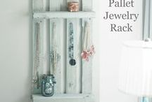 Pallet Projects / DIY pallet projects, tips, and tutorials.