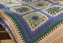 Hooked on Yarn / by Anne Wingert
