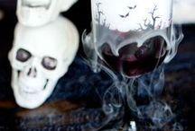 HOLIDAY - Halloween Ideas / Halloween Ideas - Halloween Party Ideas - Halloween Home Décor Ideas