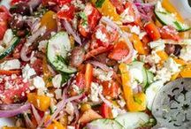 FOOD - Appetizers & Side Dishes / Appetizer recipe ideas. Snack recipes. Easy party hosting recipes. Entertaining recipes.