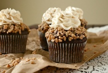 Recipes - Cupcakes / by Becky Schultz