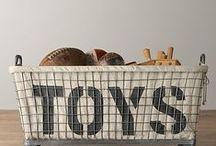 toys / by Matilde Huidobro