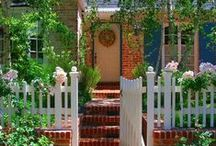 Dream Cottage / by Jaylene Huyett