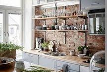 Maison | Home / Etre bien chez soi c'est le bonheur ! Ici, je regroupe tous mes coups de coeur de déco et d'aménagement intérieur pour aménager mon home sweet home.